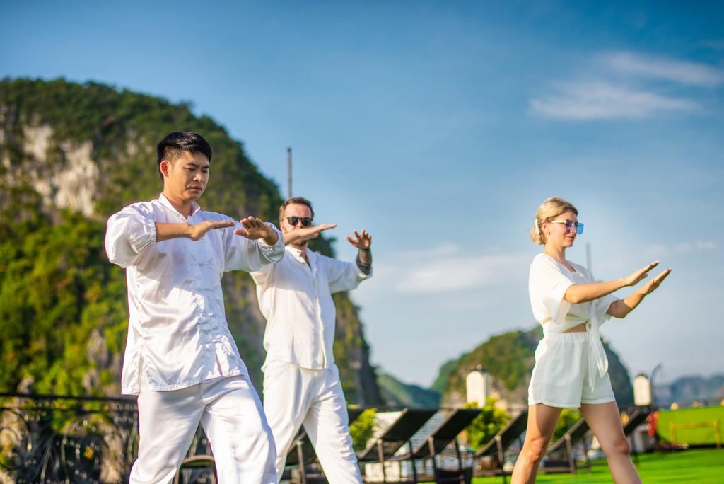 dynasty-cruises-halong